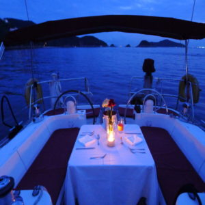 hong kong dinner cruises, boat tours at night