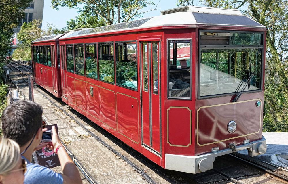 top hong kong activities: take the peak tram