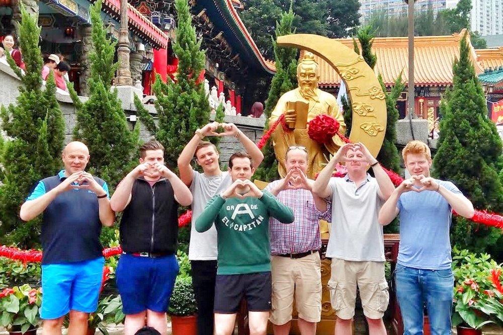 hello-hong-kong-private-tour-visitors7.jpeg