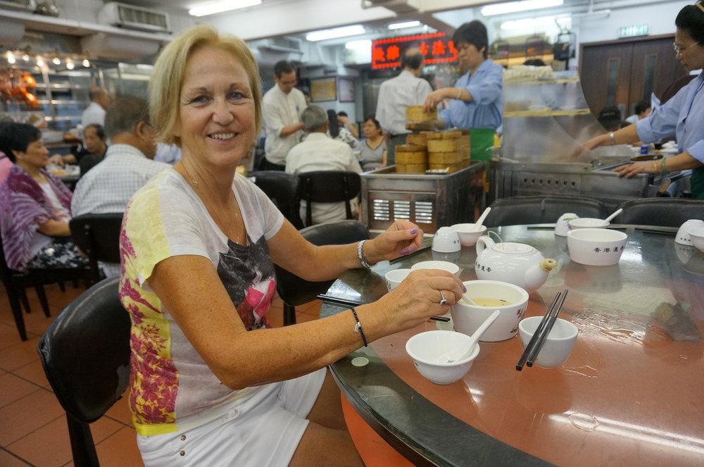 hello-hong-kong-airport-layover-tour-visitors8.jpeg