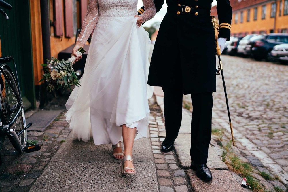 brudepar-ved-nyboder-københavn.jpg