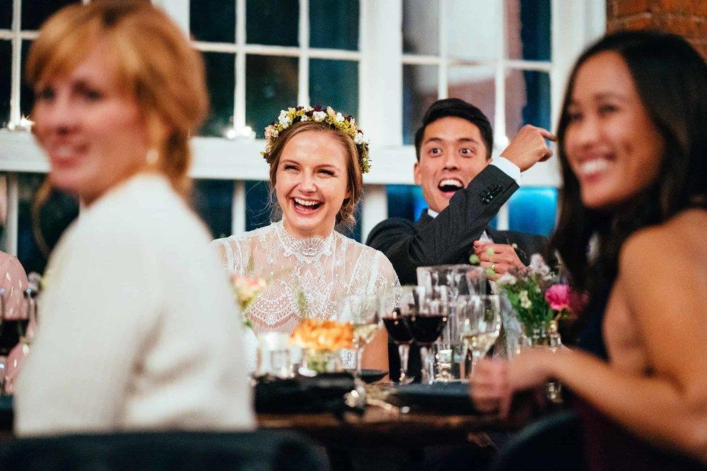 brudepar-der-griner-under-tale.jpg