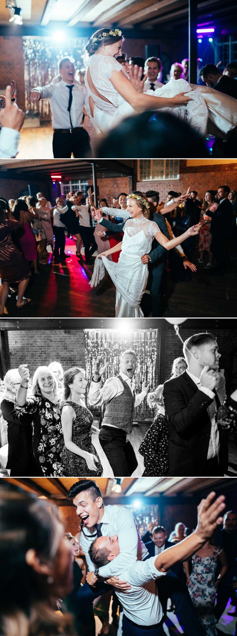 bryllupsgæster-og-brudepar-der-danser.jpg