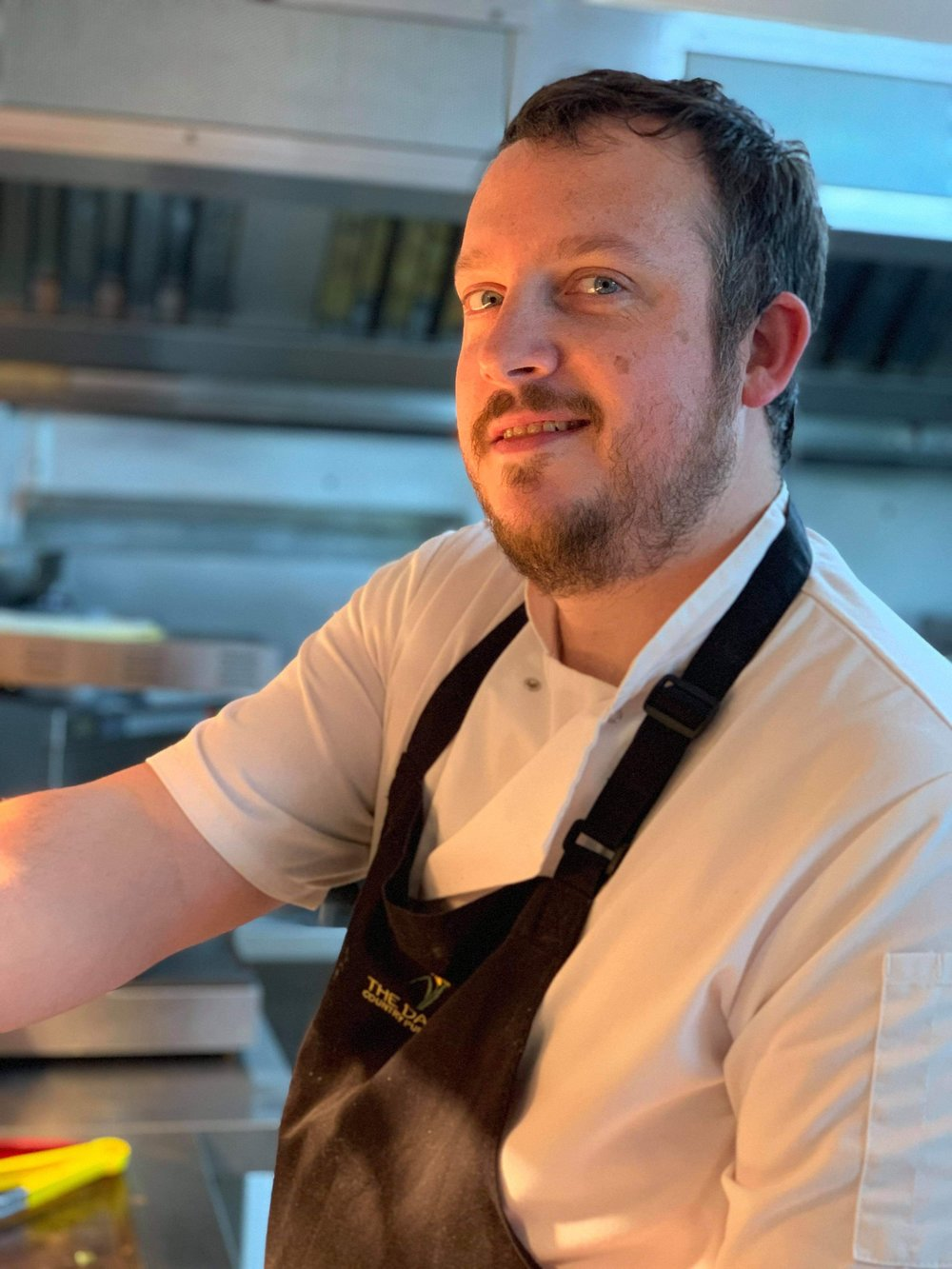 Mark Edwards (Head Chef)   Meet Mark, our Head Chef here at The Daffodil. Originally from Aberystwyth began cooking at age 16 in local restaurants. He then decided to move to Cardiff to further pursue his career. His most recent job was Head Chef of an AA Rosette Pub in the Vale of Glamorgan. We are excited to have Mark as part of the Daffodil family and with the direction that Mark is continuing to take the menus on offer at The Daffodil.