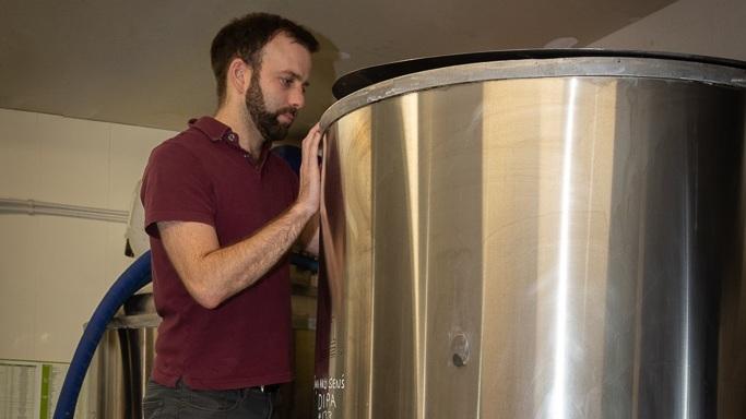 kew-brewery-brewer