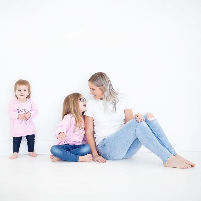 Not a day goes by where I don't stop and look at them and think... How did I get so lucky!⠀ .⠀ .⠀ .⠀ #girlmom #momlife #ihustleforher #magicalmoments #honestmotherhood #atlmom #girlgang #arlgirlgang⠀ Adorable #girlgang sweatshirts from @thewishingelephant