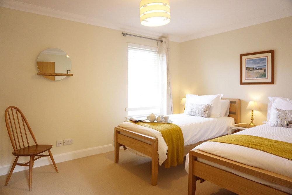 The_Hoolet_Crieff-Bedroom_3-1.jpg