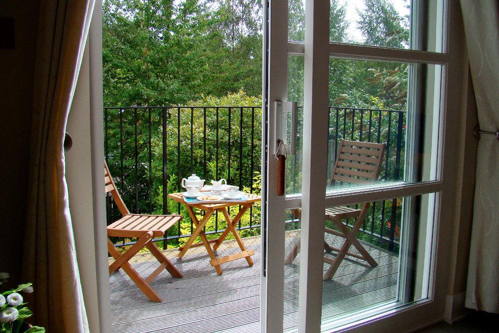 The_Hoolet_Crieff-Kitchen_Diner-Balcony.jpg