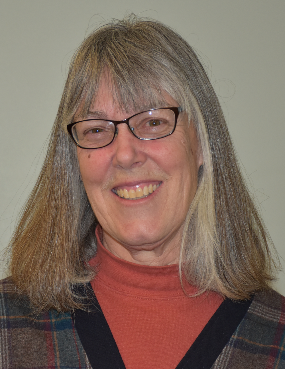 Mitzi Rosillon, Secretary