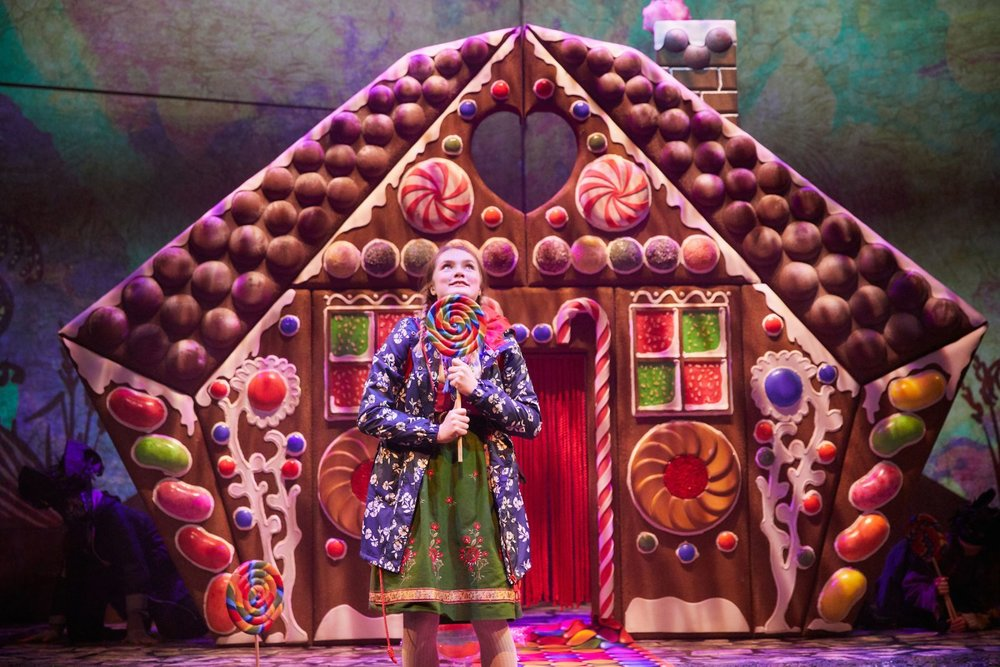 Hansel-and-Gretel-at-the-Rose-Theatre-(Green-Team)_-Photo-by-Mark-Douet-_50A1217.jpg
