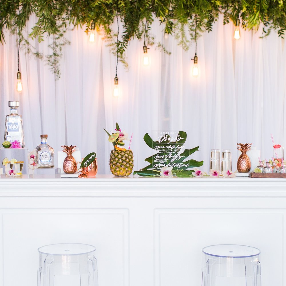 Tropical+Warehouse+Wedding+-+Shaina+Lee+Photography-477.jpg