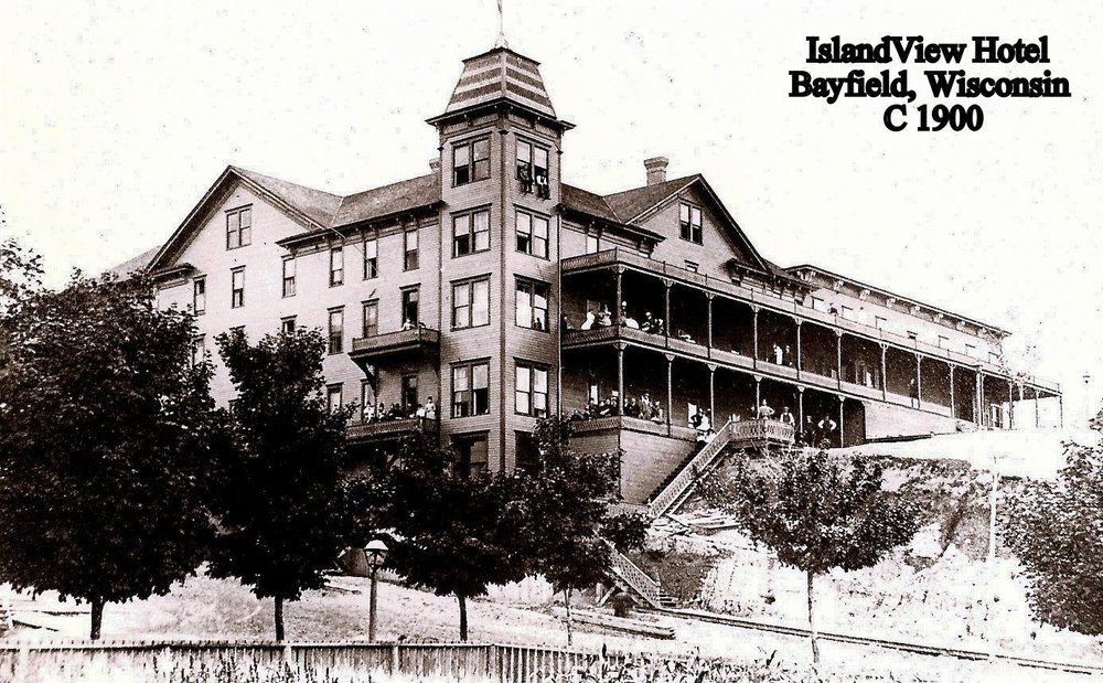 Island View Hotel.jpg