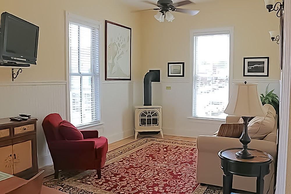 Andrew Tate living room.jpg