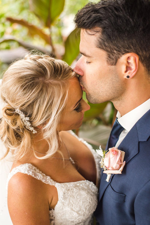 Eli & Michelle Wedding Hamilton St Catharines Niagara Ontario Club Roma Outdoor September Summer Aidan Hennebry of Hush Hush Photography & Film-28.jpg