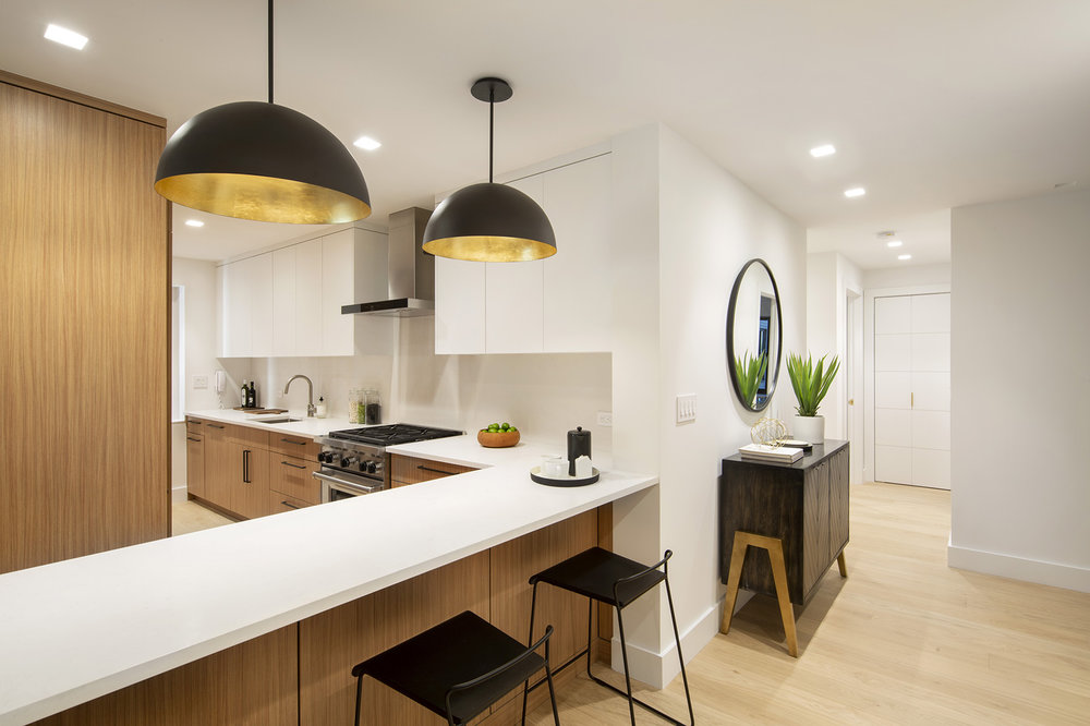 900ParkAve8E - Kitchen & Entry.jpg