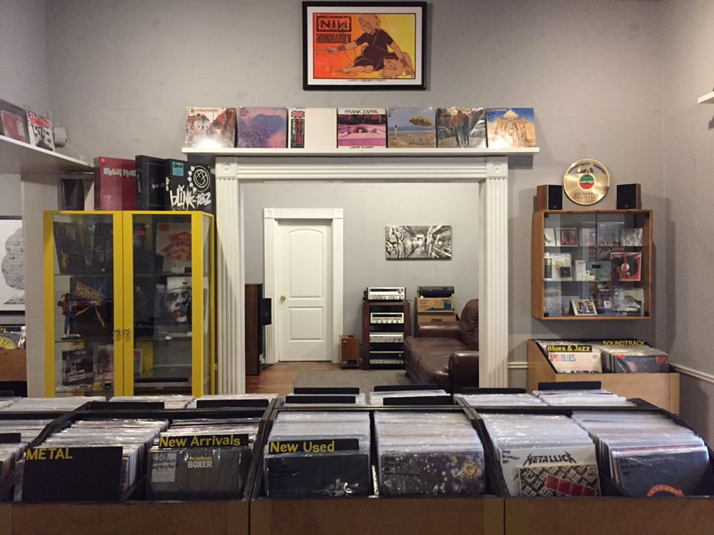 SPACE CITY AUDIO - 123 Main St, Spring, TX 77373Vinyl record store, custom home theater design/installation, turntable repair & cartridge set-up, Hi-Fi audio equipment, & pop culture collectibles.
