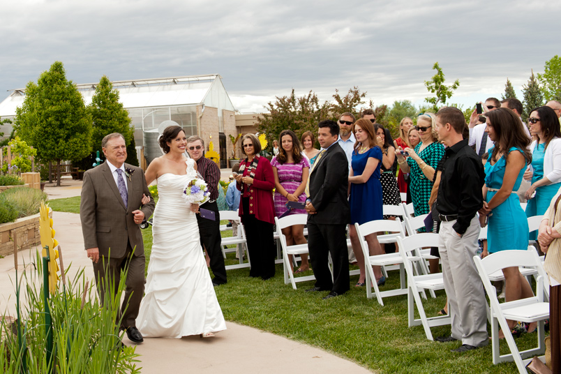 Fort-Collins-Wedding-Ceremony-at-Gardens-on-Spring-Creek-01