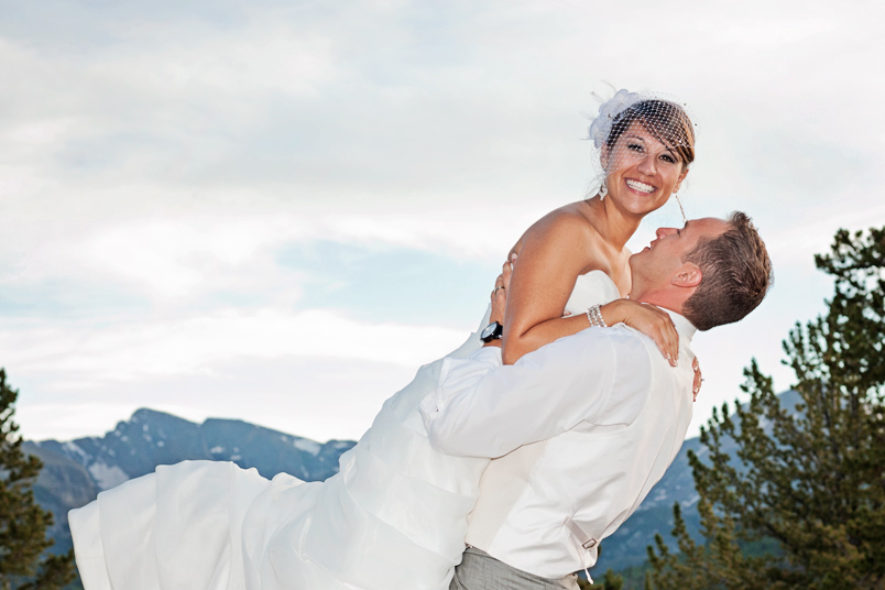 Estes-Park-Wedding-Mountainside-Lodge-YMCA-12