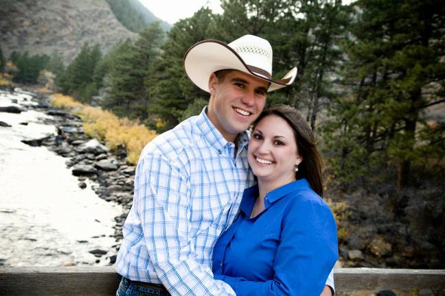 Engagement-Portraits-Fort-Collins-Poudre-River-.jpg