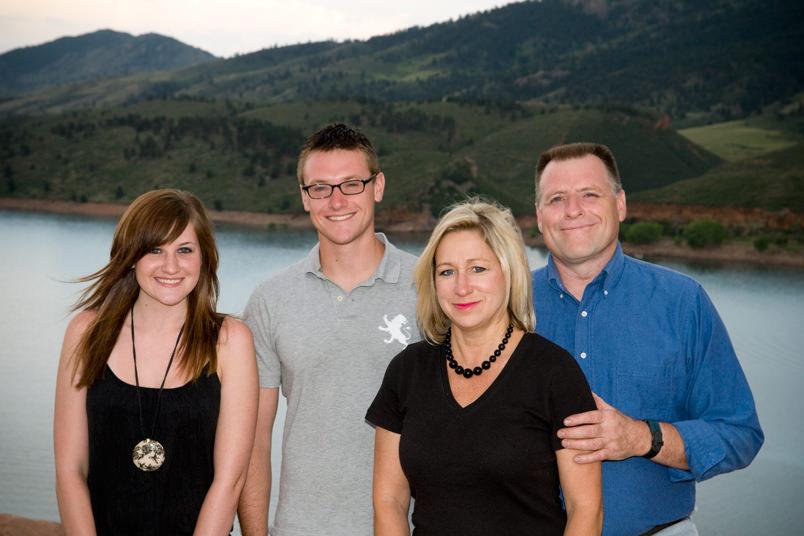 Family-Portraits-Fort-Collins-at-Horsetooth-Reservoir.jpg