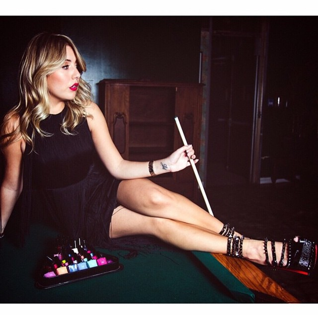 #fbf to shooting some pool and pictures with @trustfundbeauty