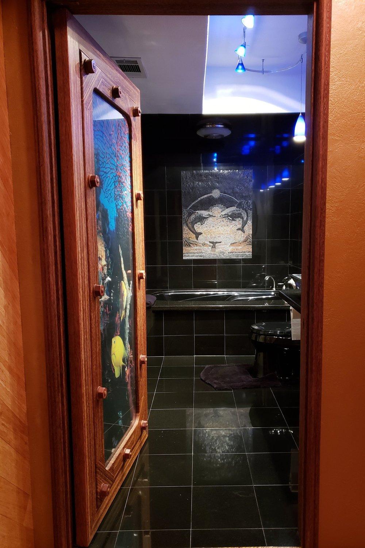 palm+bathroom.jpg