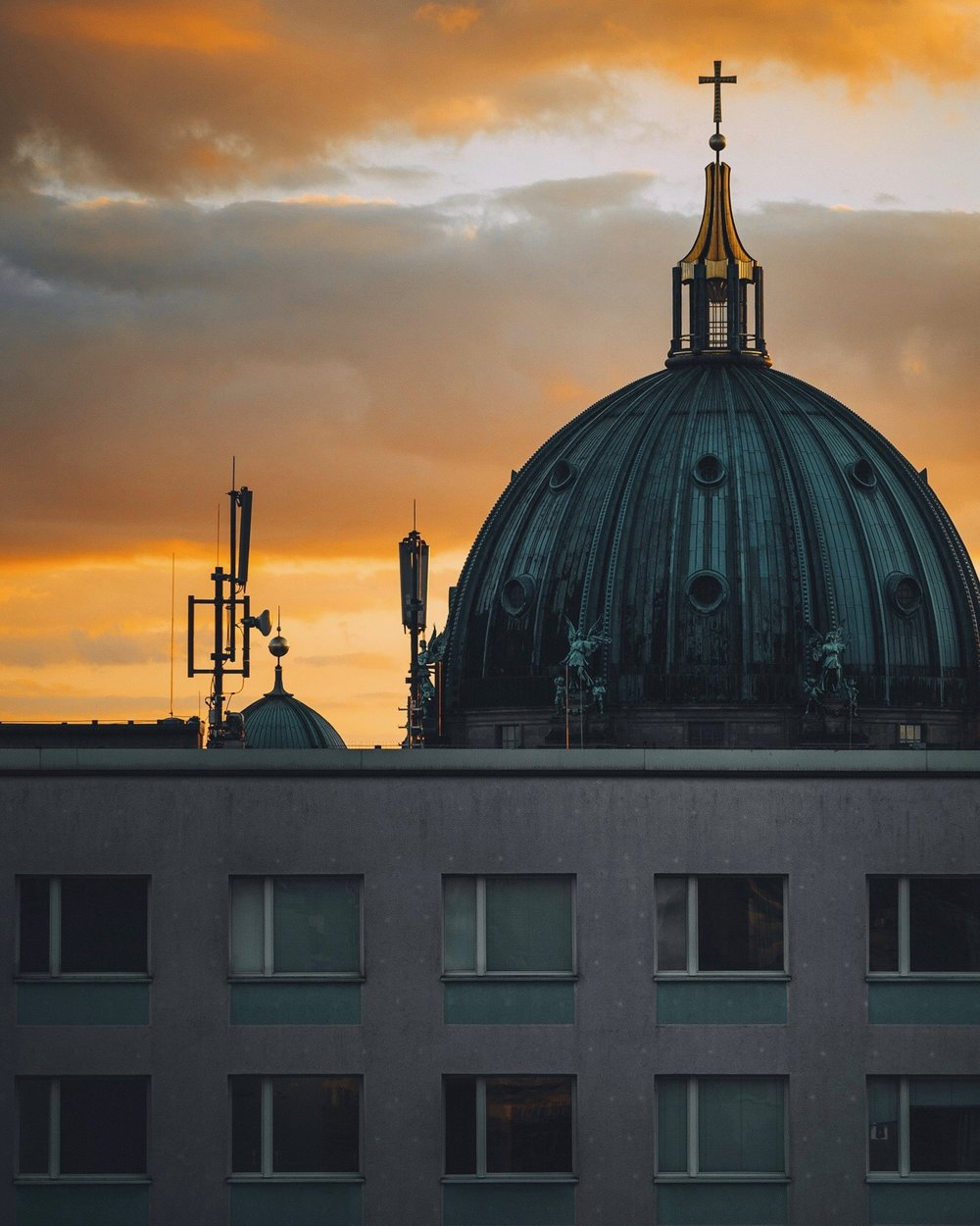 - visit Berlin