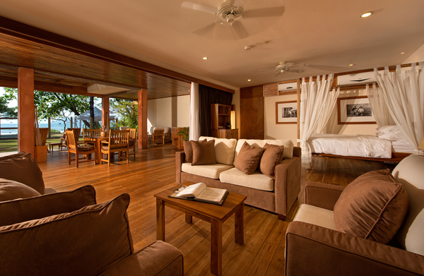 Beachfront suite 1.jpg