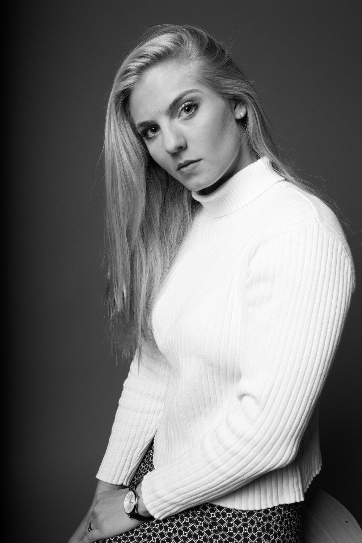 elena_haskins_portrait_kristina_1.jpg