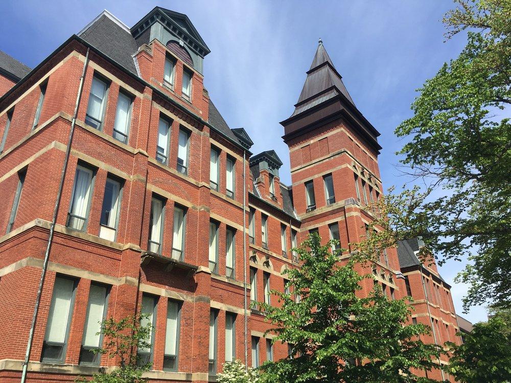 ダルハウジー大学