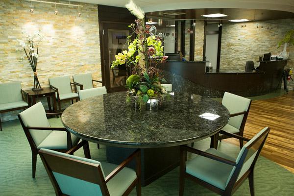 MKn Front Desk Area.jpg