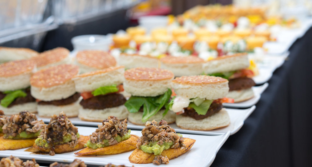 11.25.2017-KingCatering-Surpise-Party009.jpg