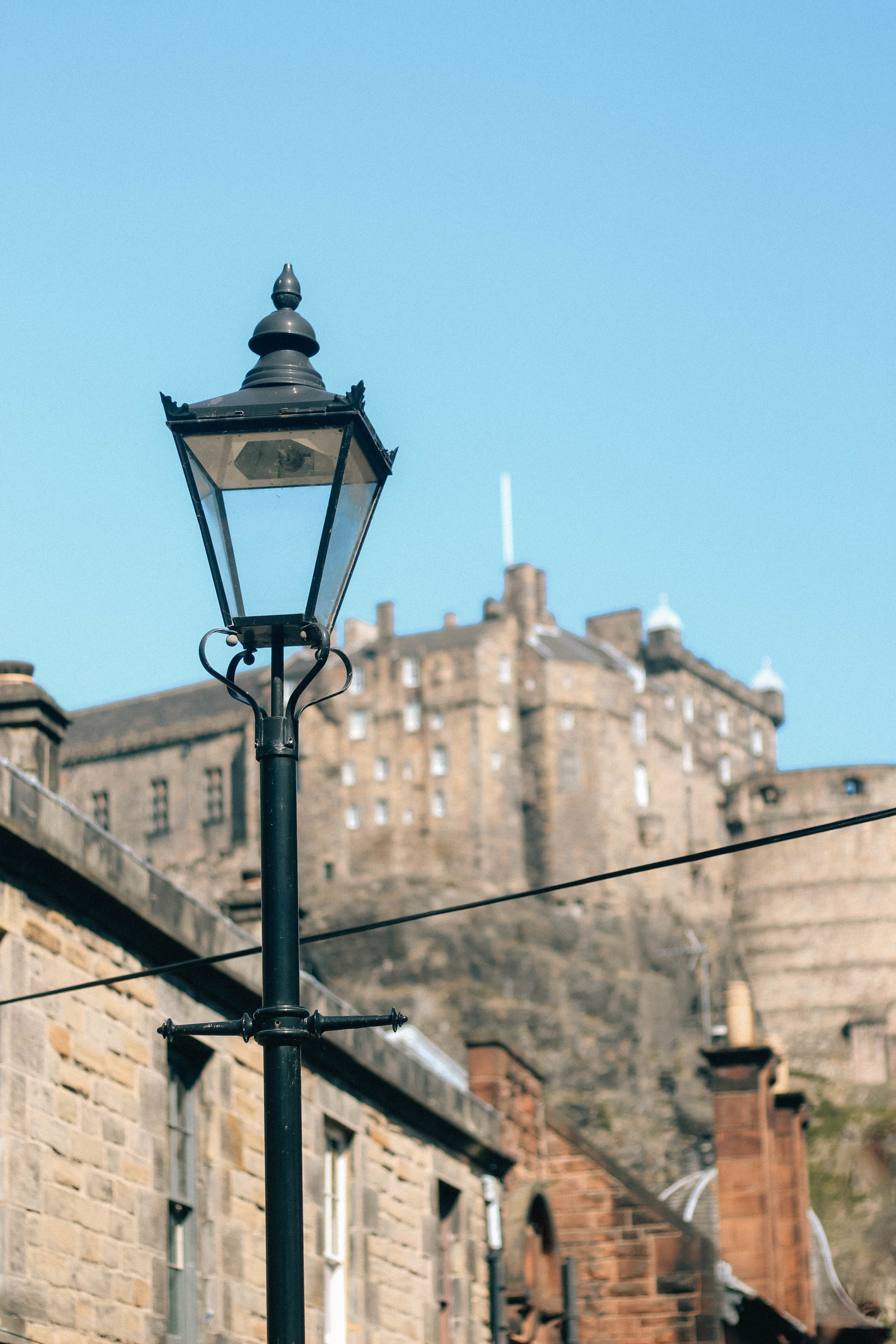 Edinburgh with kids the vennel view of castle
