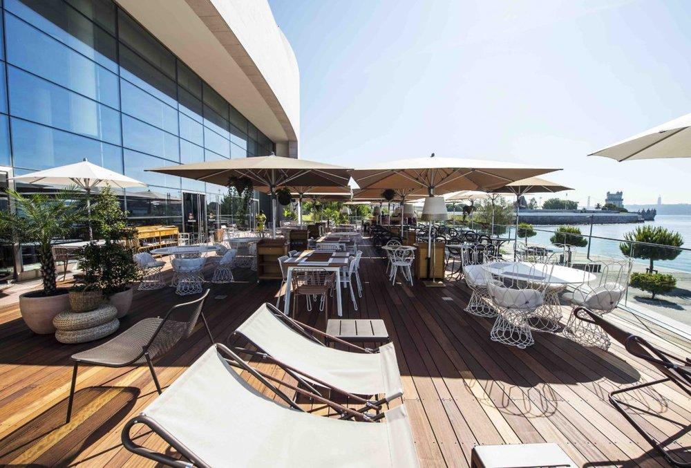 Deck6_Darwins-Restaurant_Lisboa-2017_6_low-res-1188x804.jpg