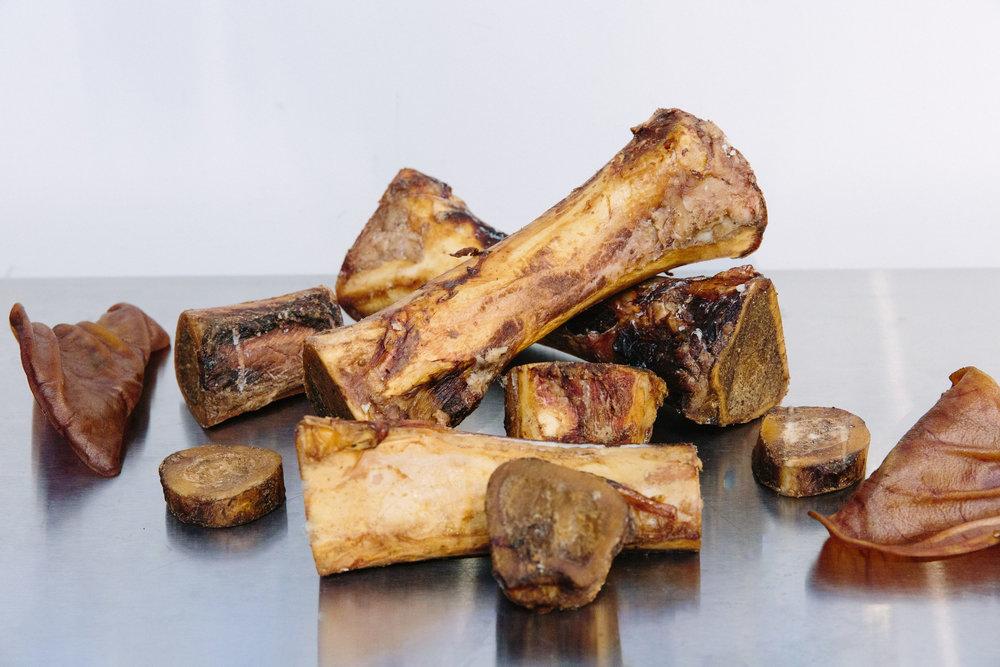 chew - smoked beef bones & pig ears