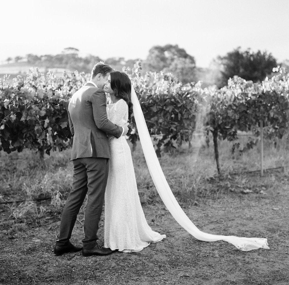 Hentley-Farm-wedding-photography-030.jpg
