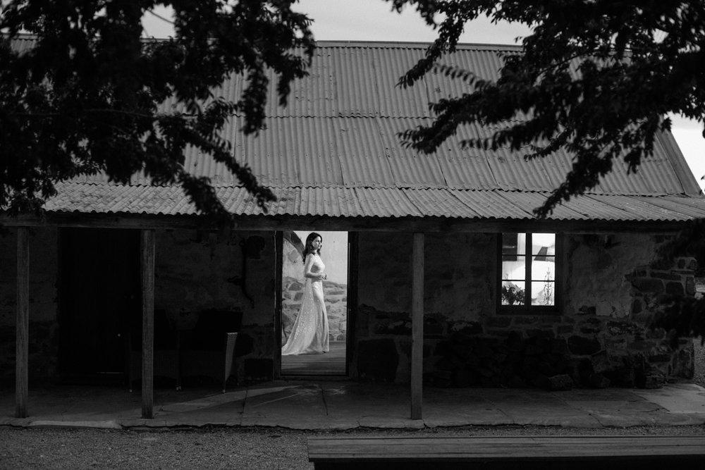 Hentley-Farm-wedding-photography-060.jpg