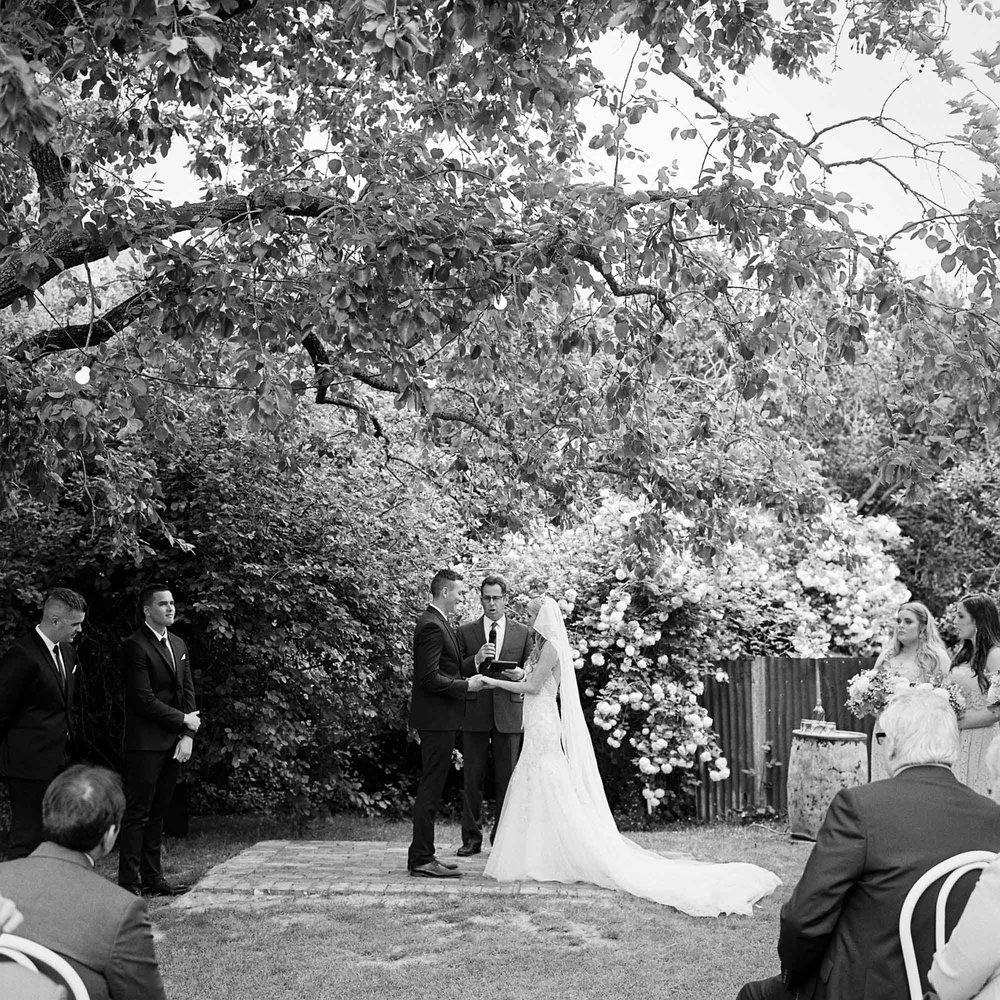 Whitehouse-hahndorf-wedding-photography-048.jpg