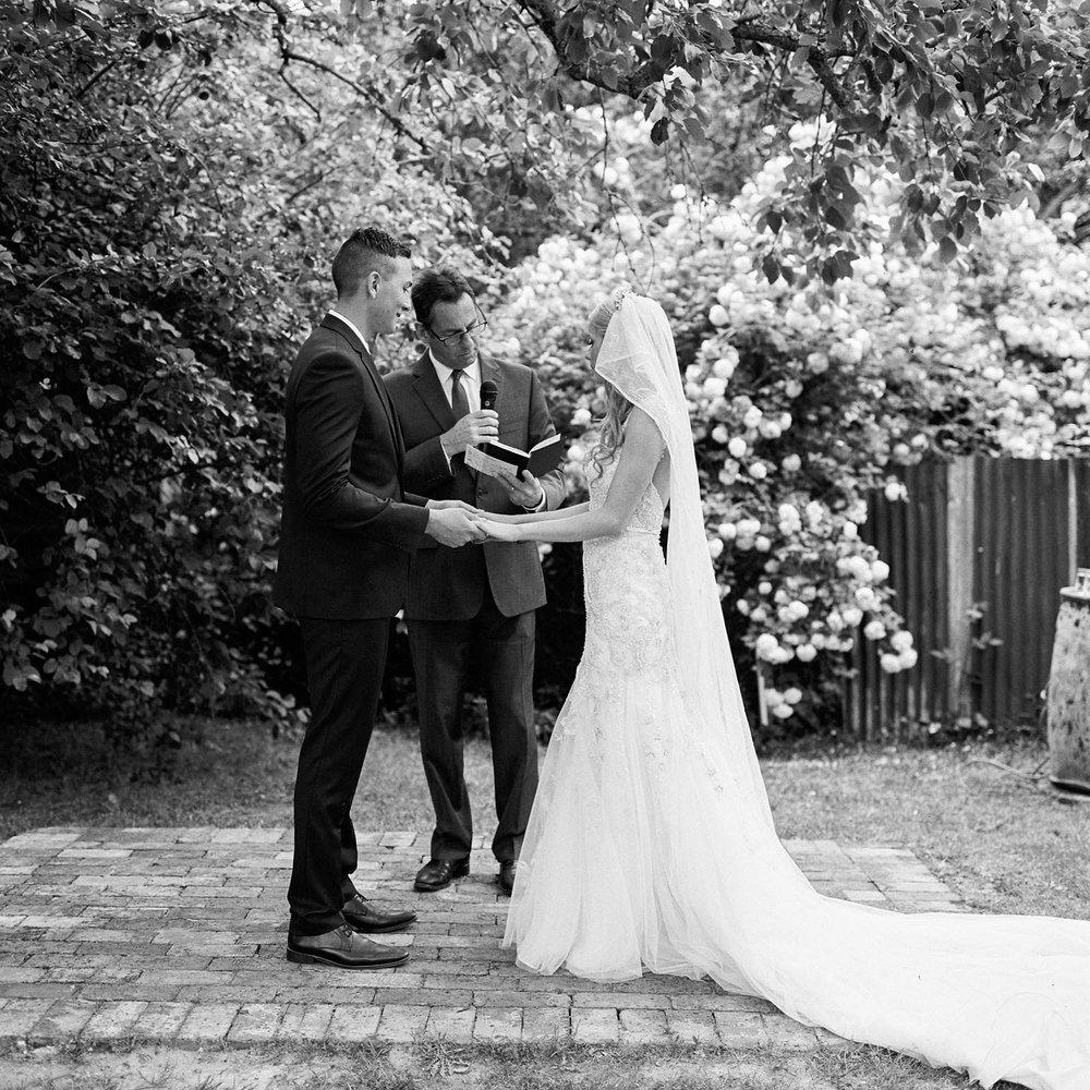 Whitehouse-hahndorf-wedding-photography-049.jpg