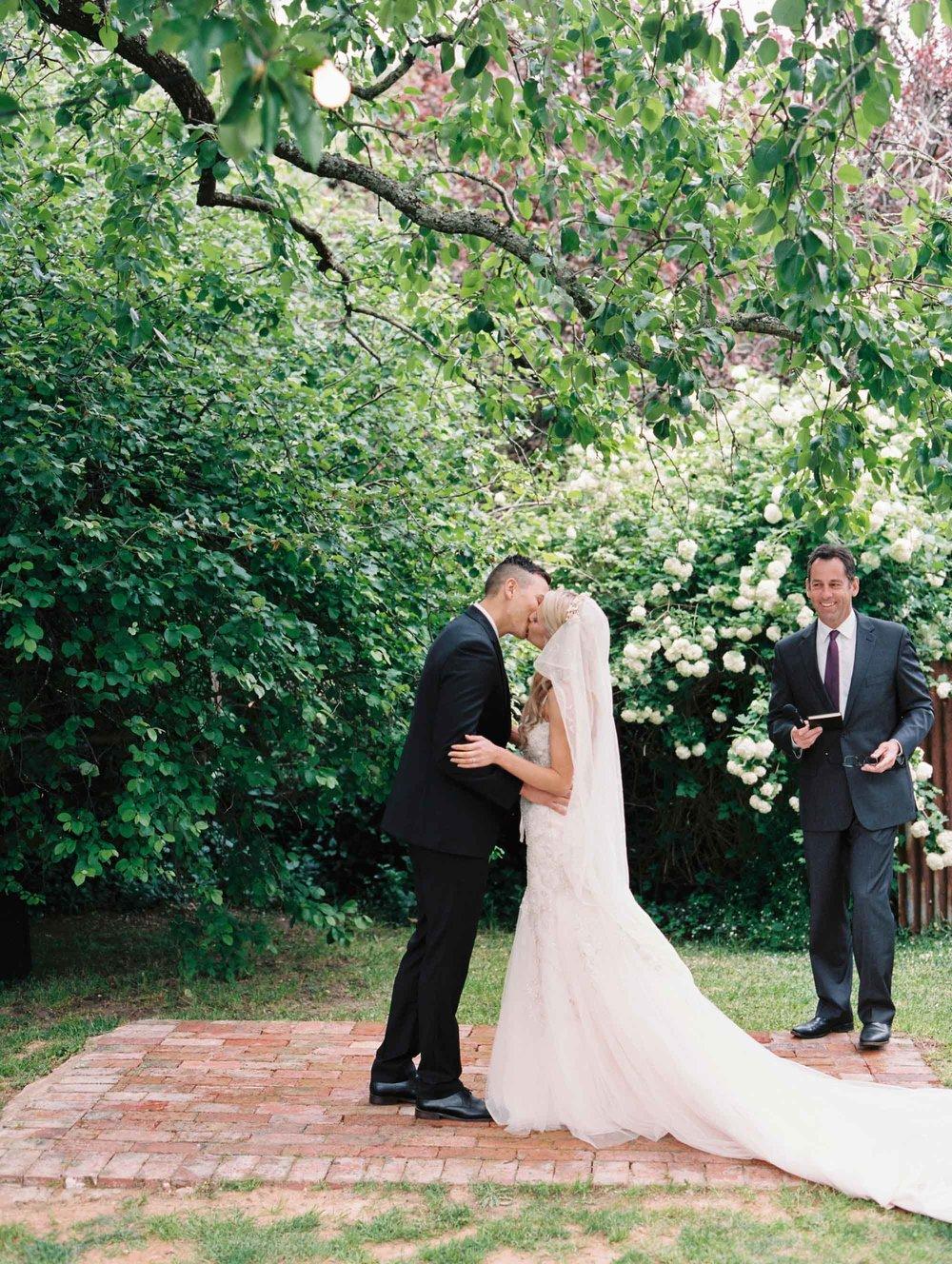 Whitehouse-hahndorf-wedding-photography-052.jpg
