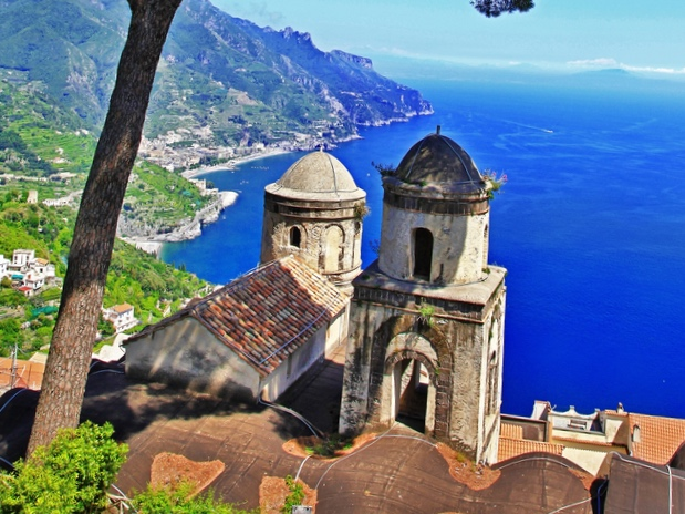 Italy_Car transportation_Limo services_Day tours.jpg