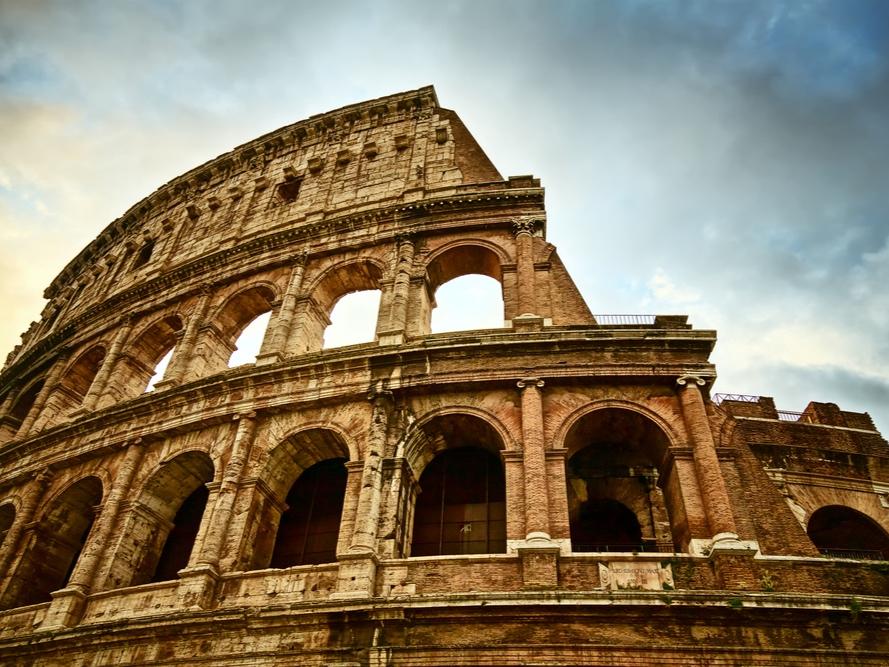 Rome_Italy_Colosseum_Car Transportation_Limo_Airport.jpg