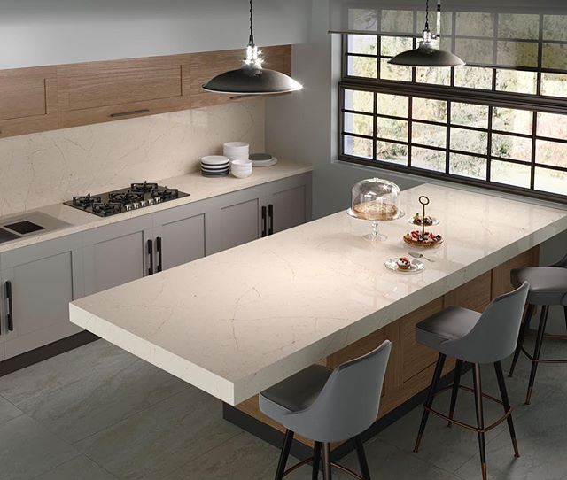 In all its intro are glory, Silestone Eternal Marfil inspired by natural stones sitting elegantly within this contemporary space.