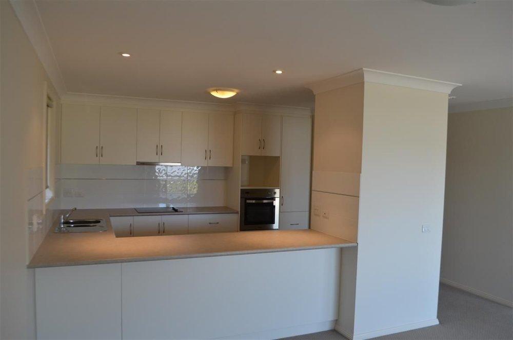 kitchen_2bedroom.JPG