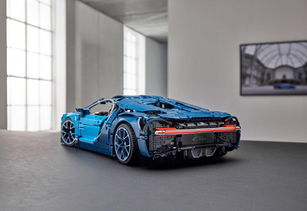 Bugatti-Chiron-de-Lego-3.jpg