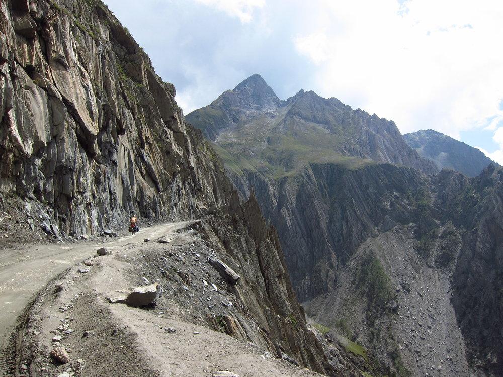 Srinigar-Leh Highway