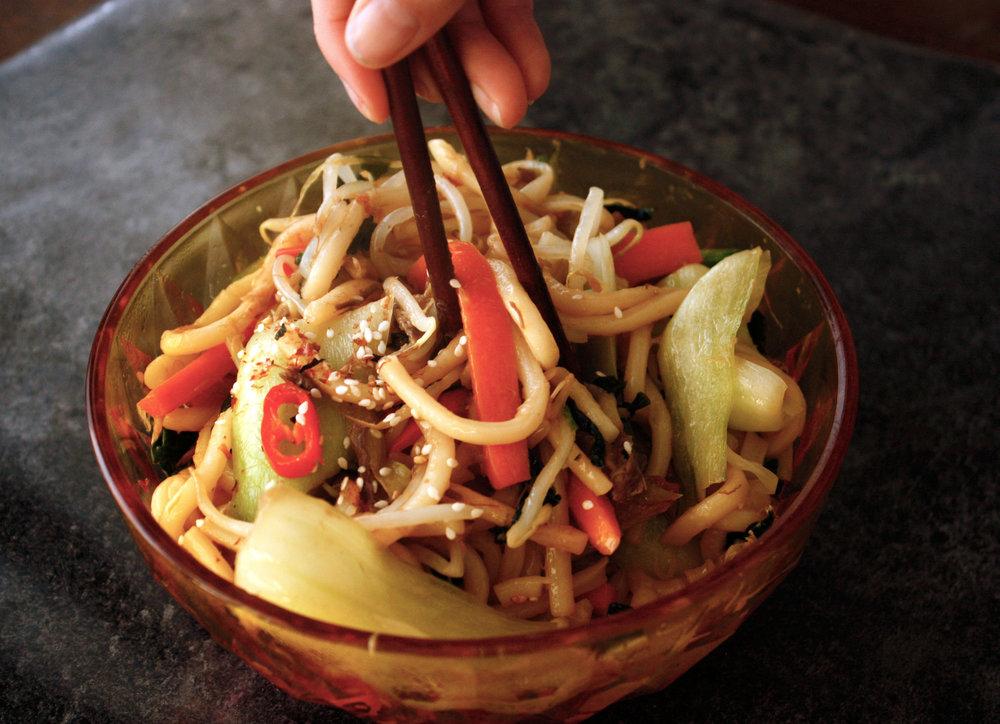 mackerel and dashi udon stir fry