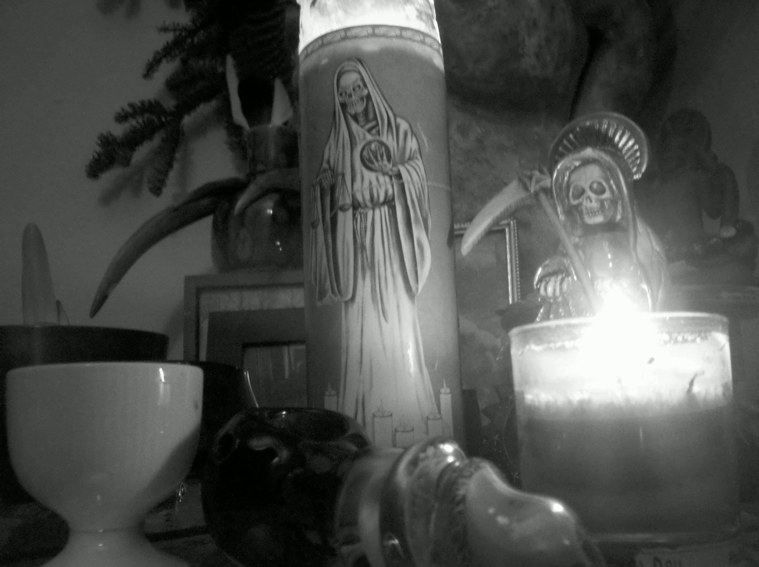 Blancha Santa Muerte
