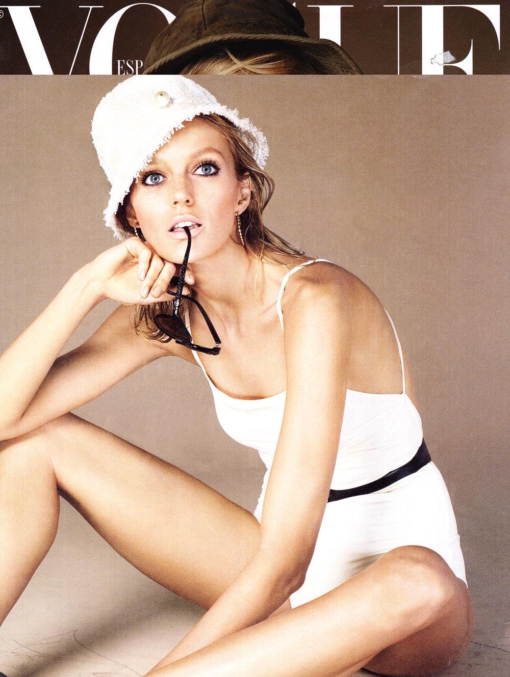 Anja Rubik - Vogue Spain