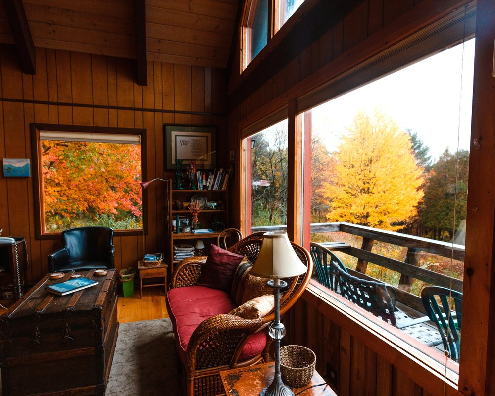 Adirondacks+Glamping+Hub+Horizontal+Window+2_.jpg